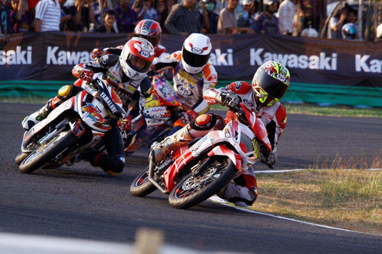 Balap Motor Indonesia