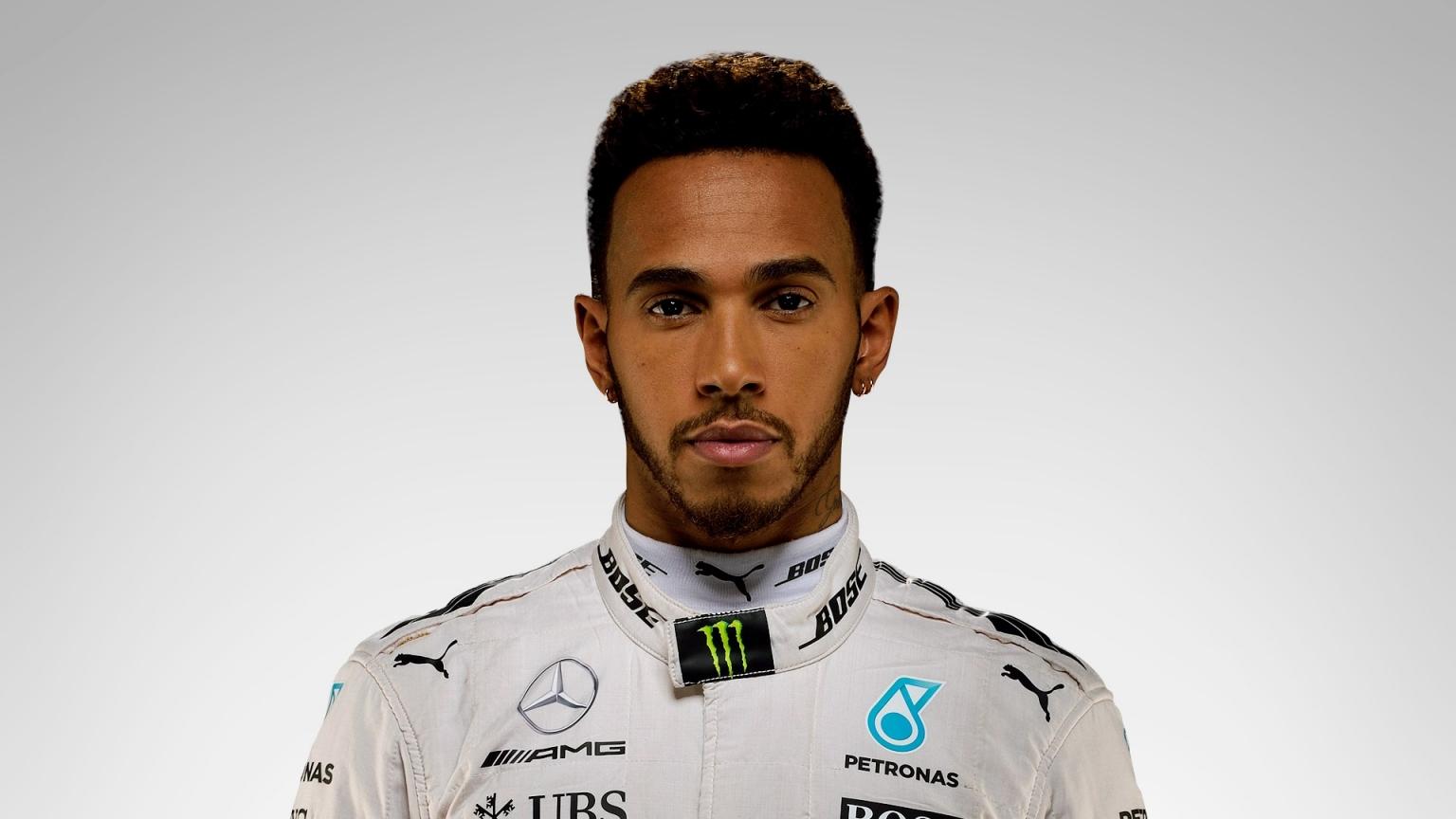 Megah! Kehidupan Lewis Hamilton Di Luar Lintasan